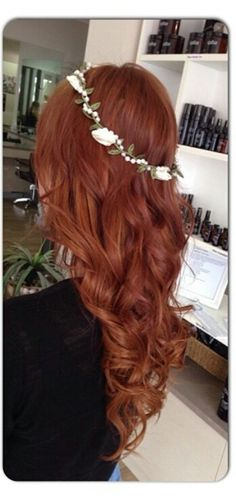 Love this color. Copper red! Long hair.