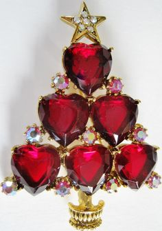 Heart felt sentiments Christmas tree pin with red hearts and crystals