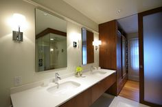 Modern Home Solid Wood Wardrobe Design, Pictures, Remodel, Decor and Ideas - page 5