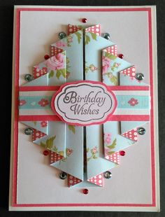 Pretty Posy Double Pleated Card - looks easy enough to make nut so pretty by it's simplicityI& seen a lot of pleated cards, so I thought I& have a go at one! Decided to jump in at the deep end and start with a double pleated card.IcedImages: Search r Fun Fold Cards, Folded Cards, Joy Fold Card, Diy Cards, Handmade Birthday Cards, Greeting Cards Handmade, Card Birthday, Birthday Wishes, Greeting Cards Birthday