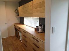 使いやすい食器棚 Kitchen Dinning, Dining, Cupboard, Future House, Home Kitchens, Kitchen Cabinets, New Homes, Home And Garden, House Design