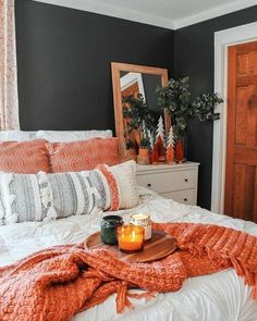 Grey and orange Bedroom Boho Master Bedroom orange and Gray Bedroom Dark Moody Bedroom Orange, Gray Bedroom, Bedroom Inspo, Home Decor Bedroom, Bedroom Furniture, Home Furniture, Diy Home Decor, Furniture Ideas, Bedroom Ideas