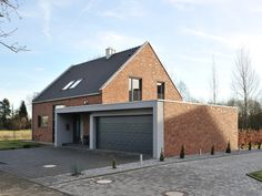 Heinrich-Heine-Weg__2_ Contener House, Build My Own House, Pool House Plans, Modern Pools, Building A Shed, House Entrance, House Windows, Modern Exterior, Pool Houses