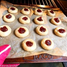 Jam Drops Healthy Sweet Treats, Healthy Snacks For Kids, Healthy Life, Almond Recipes, New Recipes, Grape Juice Concentrate, Healthy Biscuits, Strawberry Fruit, Strawberries
