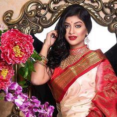 Sarika Subrin (Sarika_Karim) Cinema Movies, Drama Film, Beautiful Indian Actress, Indian Beauty, Indian Actresses, Sarees, Bollywood, Women, Fashion