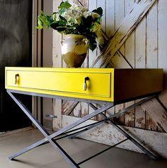 English Yellow Chalk Paint®   Stylish Patina