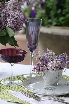white plus purple tones then light green added in to the mix... (love the flowers in a cup)