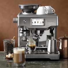 The next generation of fully automatic espresso makers has arrived with the Breville Oracle Touch. This award-winning espresso machine makes it amazingly easy to prepare true café-quality coffee beverages at home. Tricky brew tasks are aut Espresso Shot, Espresso Maker, Espresso Coffee, Coffee Maker, Coffee Lab, Coffee Shops, Nitro Coffee, Iced Coffee, Coffee Mugs