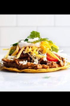 Pork Carnitas Tostadas are a fun way to enjoy succulent, delicious slow cooker Pork Carnitas! Such an easy recipe and such a simple way to feed a crowd. Just serve the carnitas with tostada shells and Pork Recipes, Mexican Food Recipes, Real Food Recipes, Vegetarian Recipes, Ethnic Recipes, Tostada Recipes, Easy Summer Meals, Healthy Summer Recipes, Salads