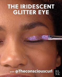 Videos Makeup Art The Iridescent Glitter Eye Makeup Inspo, Makeup Art, Makeup Tips, How To Apply Eyeliner, Perfect Eyeliner, Deep Purple, Glitter Makeup Tutorial, Make Up Inspiration, Makeup Lessons