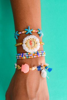 Pulseras Bangles, Bracelets, Jewelry, Fashion, Handmade Jewelry, Hand Made, Handmade Accessories, Shells, Stars