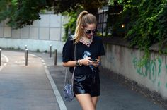 Leather shorts, Werelse tshirt and loads of jewels | The Blonde Salad