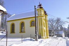Synagoga v zime. Snow, Outdoor, Outdoors, Outdoor Games, Outdoor Life, Human Eye