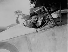 """Air Marshal William Avery """"Billy"""" Bishop, February 1894 – 11 September was a Canadian First World War flying ace, officially credited with 72 victories, making him the top Canadian ace in World War I. World War One, First World, Flying Ace, Colorized Photos, Canadian History, Fighter Pilot, Victoria, Wwii, Aviators"""