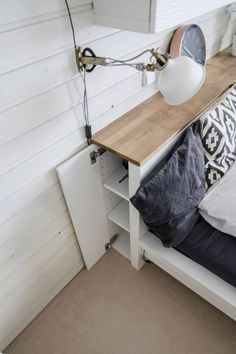 Bed Headboard Storage, Diy Bed Headboard, Headboard Makeover, Headboard With Shelves, Headboards For Beds, Ikea Hack Bedroom, Ikea Bed Hack, Bedroom Decor, Cama Malm Ikea