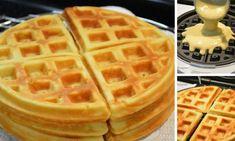 Fantastický recept na pravé belgické wafle   NejRecept.cz Sweet Desserts, Sweet Recipes, I Love Food, Good Food, Bubble Waffle, Pita, Waffle Recipes, Graham Crackers, Food Hacks