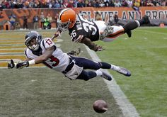 Tony Dejak - AP Cleveland Browns defensive back K'Waun Williams (36) breaks up a pass in the end zone against Houston Texans wide receiver Damaris Johnson in the first quarter of an NFL football game Sunday, Nov. 16, 2014, in Cleveland. (AP Photo/Tony Dejak)