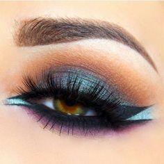 Unique HairStyles by virginia Beautiful Eye Makeup, Love Makeup, Makeup Inspo, Makeup Inspiration, Makeup Ideas, Style Inspiration, Makeup On Fleek, Kiss Makeup, Makeup Art