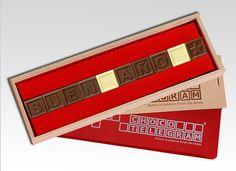 ¡Dar la bienvenida al Año Nuevo con delicioso chocolate belga! Card Holder, Cards, 1, Singular, World Smile Day, Sweet Messages, Love Messages, Bonbon, Words