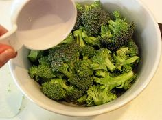 How-to steam broccoli in the microwave. Finally pinned it so I could stop Google-ing the site!