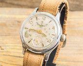 Montre de womens Wostok Vintage, vintage montre russe URSS cccp