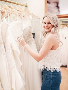 6 TIPS ON WHAT TO WEAR TO A BRIDAL APPOINTMENT - Andreaclare