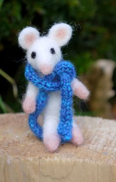 needle felted miniature mouse felt  mouse miniature by Artywool