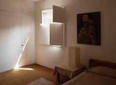 Habitacion de huespedes.  Wonderful interior shutters.