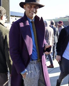 luca_rubinacci Trying something different this winter, with a deep purple double breasted cashmere coat & heavy herringbone tweed trousers.. In winter you can !