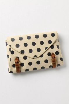 polka dot clutch. Not all into the clutches but this is adorable