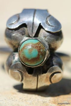 Vintage 1950s Mexican  925 Sterling Silver & Turquoise Orb Leaf Ring
