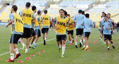 La selección española entrenándose en Maracaná en la Copa Confederaciones 2013 #seleccionespanola #LaRoja #diariodelaroja
