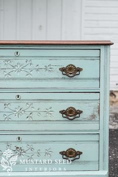 Antique Furniture Restoration Dressers Miss Mustard Seeds Ideas For 2019 Milk Paint Furniture, Furniture Near Me, Painted Bedroom Furniture, Salon Furniture, Western Furniture, Shabby Chic Furniture, Rustic Furniture, Furniture Makeover, Antique Furniture