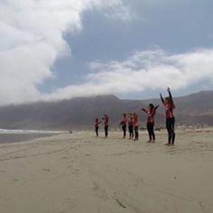 Listos para #aprender a #surfear ?? No dudes en #visitar nuestra #escuela de #surf donde nos adaptaremos al tipo de #curso de surf que #necesites !! Nos encontraran en #Famara #lanzarote  también podrás infórmarte sobre los #cursos de #surf en nuestra web en http://ift.tt/SaUF9M  #surflanzarote #surflessons #surfcamp #surfcanarias #surfcamplanzarote #surfcours #livesurf #surfers #surfschool #surfschoolcanarias