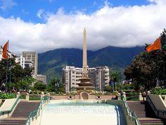 El Obelisco, Plaza Francia: | 33 Imágenes de Caracas que te garantizan un placentero paseo arquitectónico