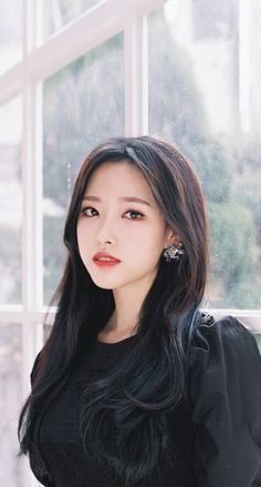 your best source for everything about Blockberry Creative's girl group, LOOΠΔ. Extended Play, Kpop Girl Groups, Kpop Girls, Your Girl, My Girl, Asian Woman, Asian Girl, Dark Tide, Olivia Hye