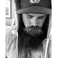 #beard#hoodie#blackandwhite @mortys_way