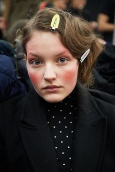 Быть дивой: прически и макияж 80-х, которые снова в моде