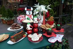The DIS Unplugged Disney Blog » Blog Archive » Fabulous Treats for Your Disneyland Holiday