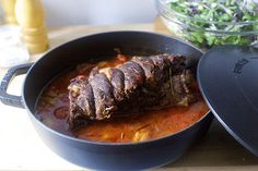 Oven braised beef with tomatoes & garlic