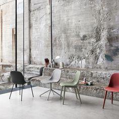 http://www.moncolonel.fr/fr/chaises/1240-chaise-fiber-side-base-bois.html