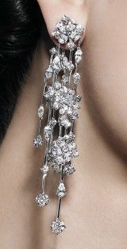White Gold pendant earrings by Crivelli with 11.78 carats in diamonds