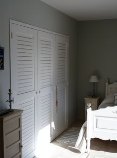 Beautiful en-suite bedrooms guaranteeing luxury and comfort at this pretty Languedoc villa. Villa With Private Pool, Bedroom With Ensuite, Tall Cabinet Storage, Bedrooms, France, Luxury, Pretty, Furniture, Beautiful