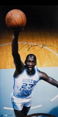 Michael Jordan of the North Carolina Tar Heels. Michael Jordan Unc, Michael Jordan Pictures, Jeffrey Jordan, Basketball Legends, Basketball Players, Basketball History, Jordan Basketball, Basketball Pictures, Sports Pictures