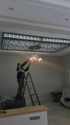 Plafond moderne Pop False Ceiling Design, House Ceiling Design, Pink Bedroom Decor, Living Room Decor, Facade Design, Architecture Design, Deco Tv, Gypsum Decoration, Plafond Design