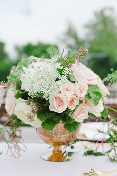 #gold and #peach wedding #floral centerpiece