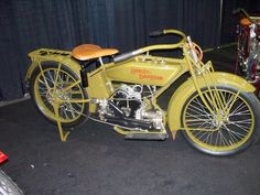 Vintage Harley Davidson (not all HD's were V-Twins in the beginning.