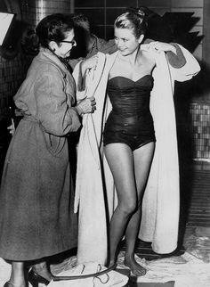 Grace Kelly, 1956 via @WhoWhatWear