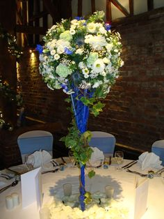 Provided by Danny Watchorn.  www.dannywatchorndesignerflorist.com