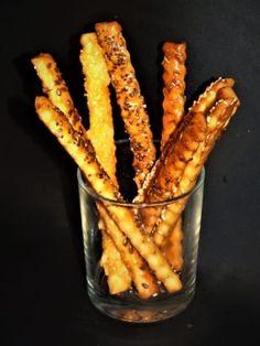 Tyčinky z listového těsta | Žijeme homemade Carrots, Homemade, Meat, Vegetables, Food, Home Made, Essen, Carrot, Vegetable Recipes